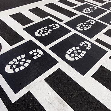 1312 Hopscotch Crosswalk Colossus - bootprints feature